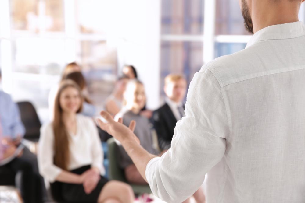 Contratto di apprendistato professionalizzante: la formazione è obbligatoria